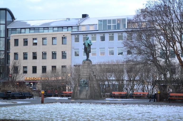 Jón Sigurðsson statue Judeebee