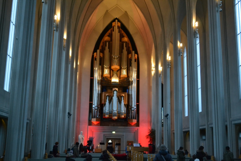 Inside Hallgrímskirkja Judeebee